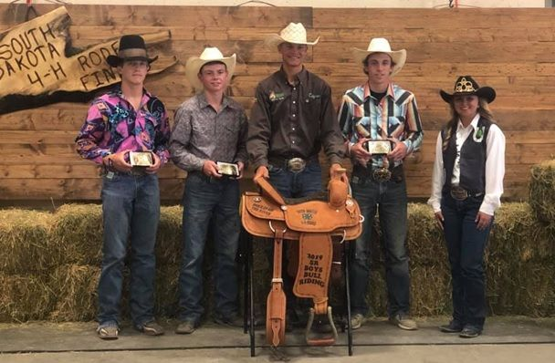 Pictured: Riley Shippy, 4th Place; Kane Grant, 3rd Place, Cayden Floyd, Champion; Hadley Joens, Reserve Champion; Katelynn Westphal, 2019 4-H Rodeo Ambassador