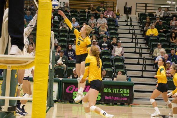 BHSU Volleyball