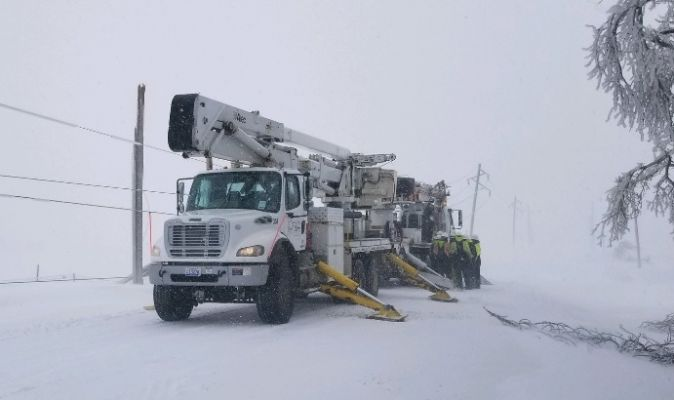 Crews are working on power outages in Eastern South Dakota.