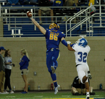 Dallas Goedert was drafted by the Eagles Friday.