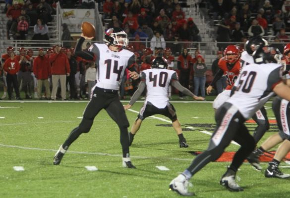 Gavin West sets to throw against Yankton on October 25.